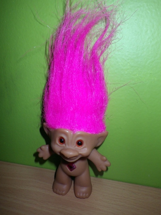 I got my troll doll in the mail (Merry Christmas to me!)